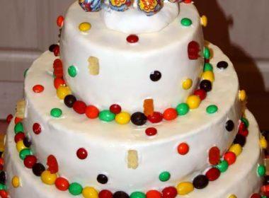 Торт с Чупа-чупсами